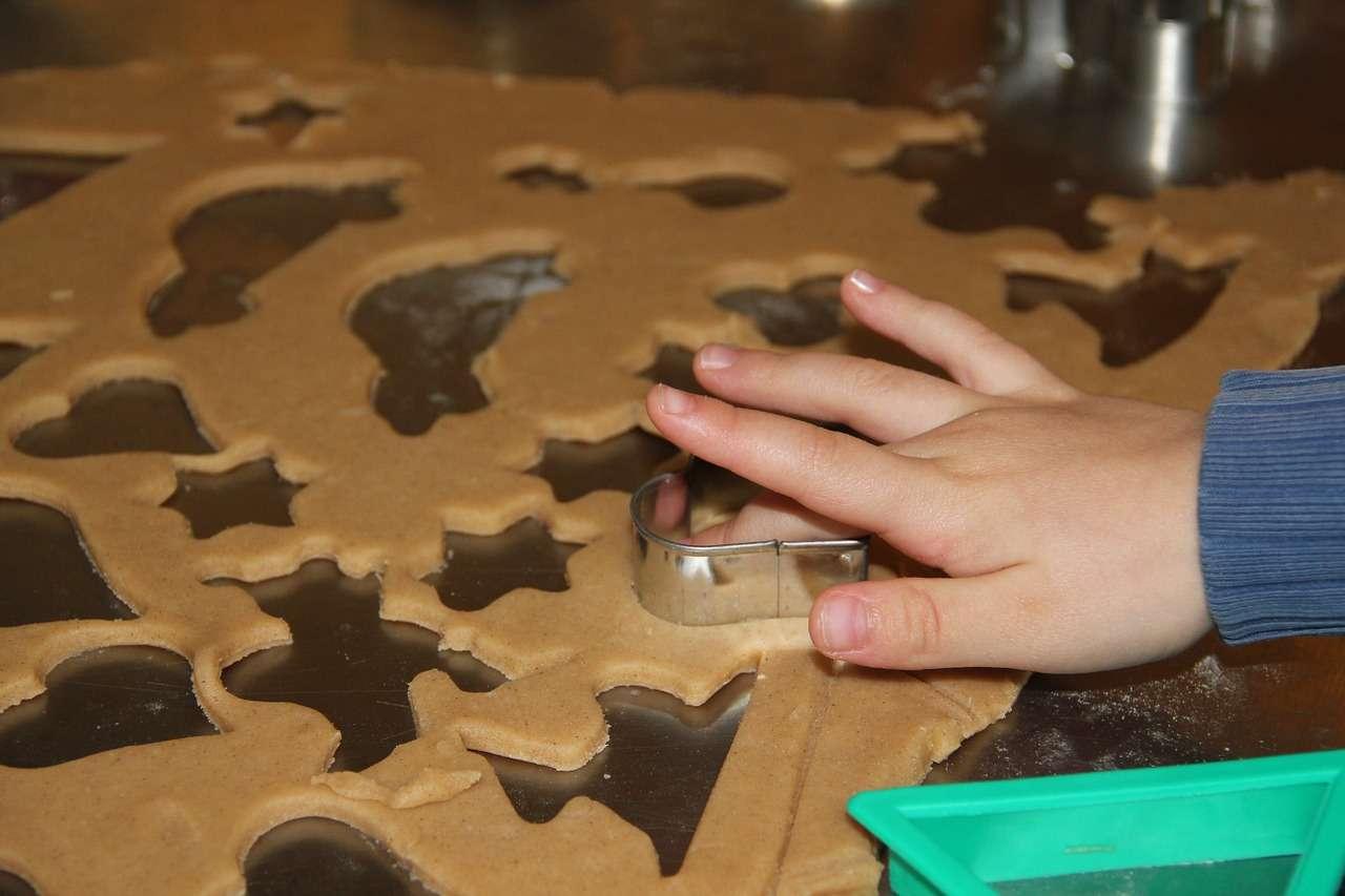 süti készítés gyerekkel, szülő-gyermek együtt töltött idő